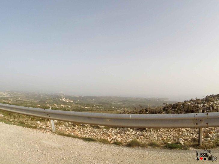 Estrada super boa nesse lado da ilha também.