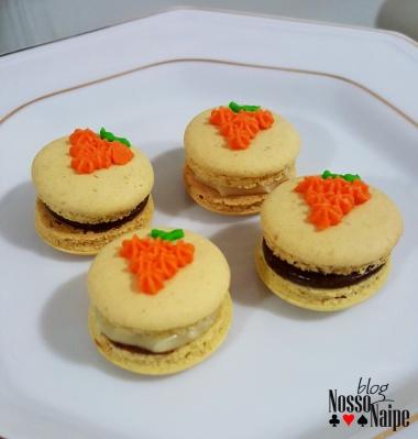 Mini macarons.